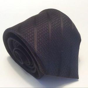 "Vince Camuto black stripe silk tie 57x2.75"""